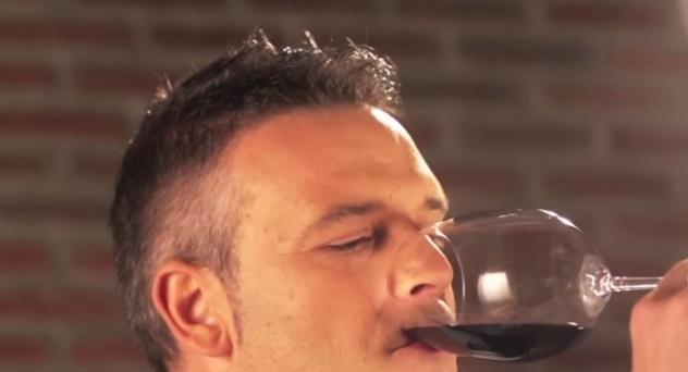 Despierta tus sentidos con una cata de vinos.