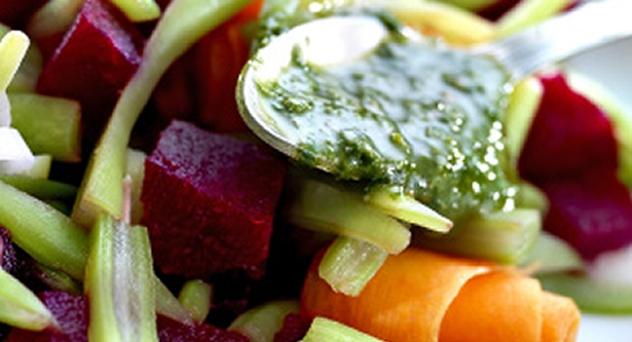 Ensalada de judías verdes y salsa de pesto