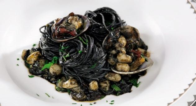 Spaghetti nero di sepia