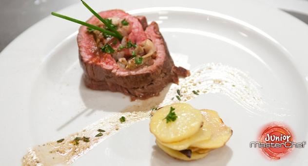 MasterChef Junior 2: Rollito de carne con setas y cebolla