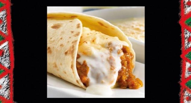 Burrito de berenjena con chili con carne