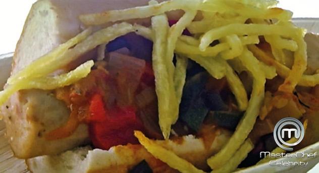 MasterChef Celebrity 2: Hot Dog de pollo con pisto, curry rojo y patatas