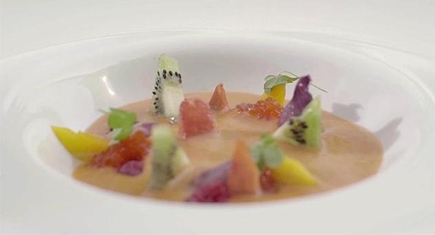 Gazpacho de sandía con gelatina de tomate