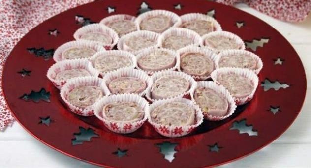 Espirales de jamón con paté