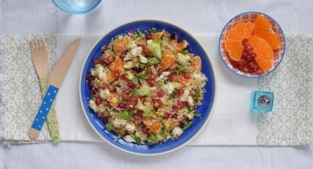 Ensalada de quinoa con naranja y mozzarella