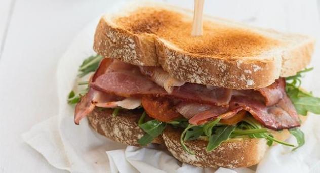 Sándwiches gourmet para el campo o la playa