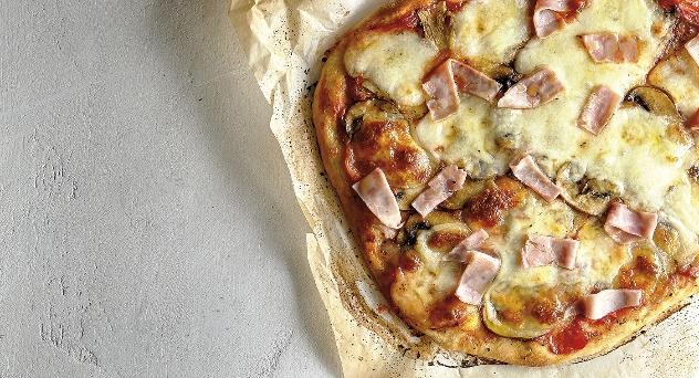 Los trucos que utilizan los italianos para hacer pizzas caseras