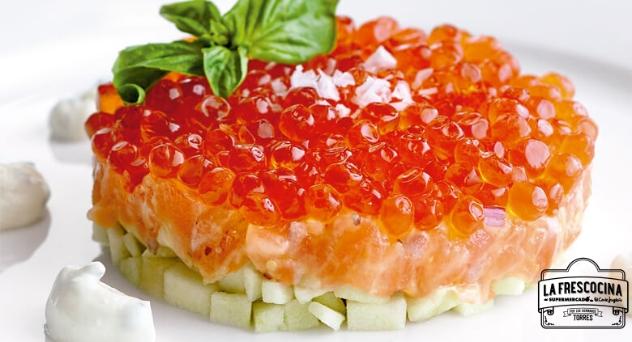 Tartar de salmón con manzana y salsa ácida