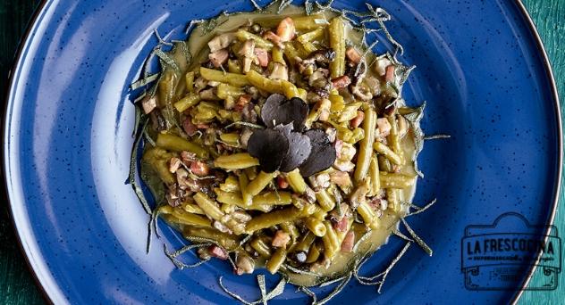 Judías verdes a la carbonara con shitakes y trufa melanosporum