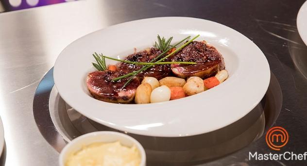 Masterchef 7: Pichón relleno con verduras risoladas y parmentier de patata