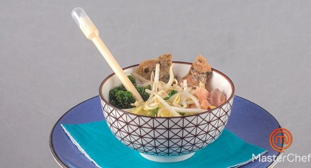 Masterchef 7: Poke de quinoa y salmón