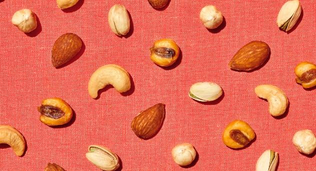 Frutos secos para una piel joven y resplandeciente