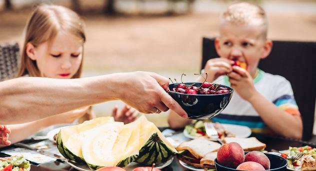 Cómo incluir hábitos sanos en la mesa