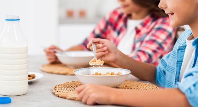 Cómo mantener una alimentación equilibrada durante la cuarentena en los bebés