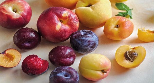 Frutas con huesos, reinado estival