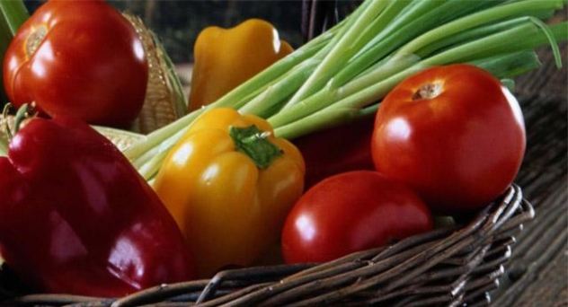 Pelar tomates y pimientos